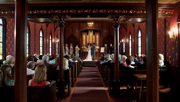 Wedding in Edythe Bates Old Chapel